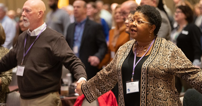 Iowa delegates reflect of Pre-General Conference briefing